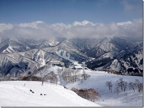 スキー真っ盛りの苗場へGo!