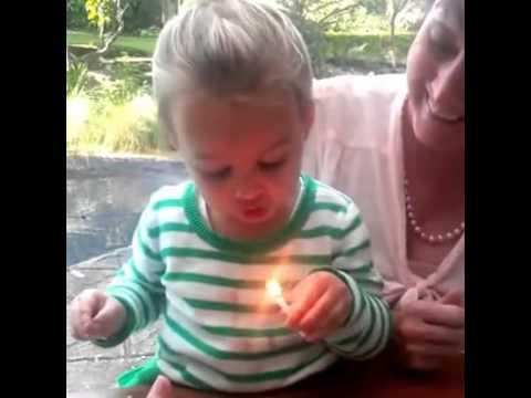 消防士がグッタリしている子ネコを救出するGoPro映像