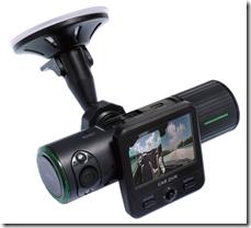 フロントとリアを同時に撮影できるGPS内蔵ドライブレコーダー発売!