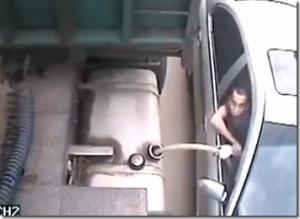 辛坊治郎さんらのヨット、事故の瞬間映像を公開