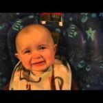 母の歌声に感動し、涙を流す赤ちゃん・・・可愛すぎ!!