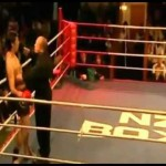 キックボクシングでノックアウトされた選手が颯爽とリングを去ったんだが・・・