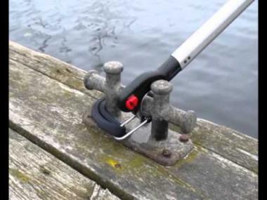 船を留めて固定させるときに便利なツール