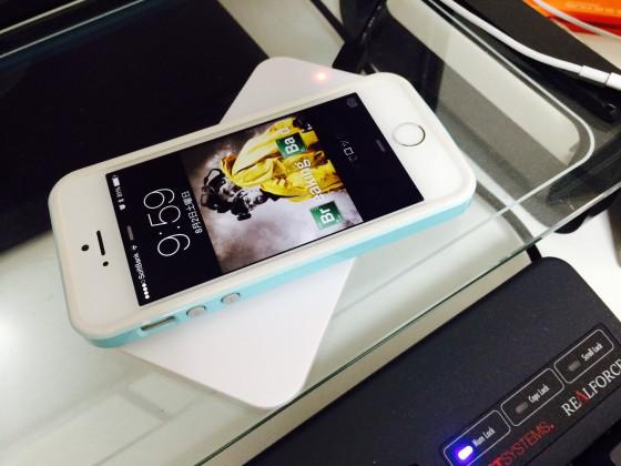 【自腹レビュー】iPhoneでワイヤレス充電が可能になる極薄シートを買ってみた