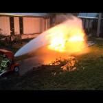 炎 VS 消防士
