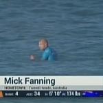 うぅ… これは怖い…。サメがサーファーを襲う一部始終!!