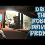 ロボットがドライブスルーに来たときの店員のリアクションw