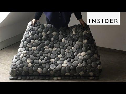 石畳のようなラグがとってもオシャレ