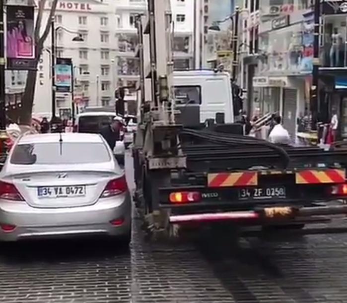 違法駐車をサクッとレッカー