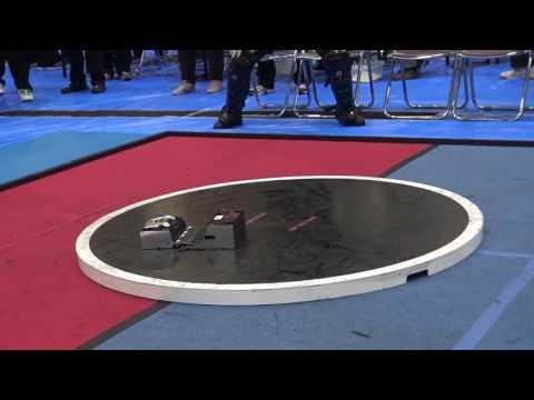 ロボット同士の相撲、速すぎて何が何だかw
