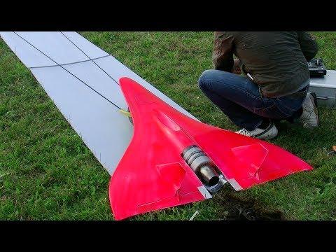 最高速727km/hのジェットラジコンが速すぎる~