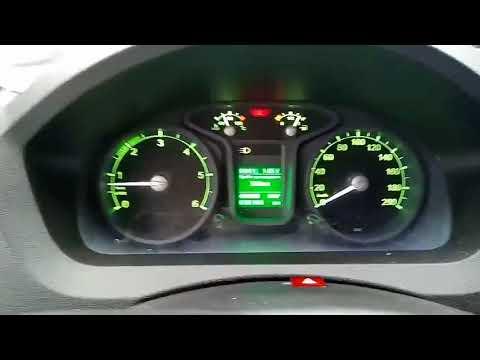 さすがロシア車w マルチインフォメーションディスプレイで・・・