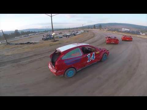 レースをドローンで撮影、一緒にレースを楽しむ