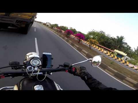 片側二車線の道路をバイクで走っていたら人生が終わりそうになった