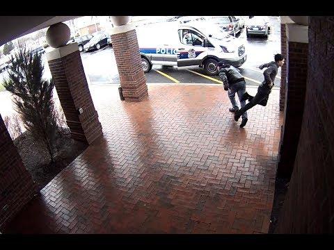 逃げる犯人、追う警察!さりげなくサポートする男がカッコイイ