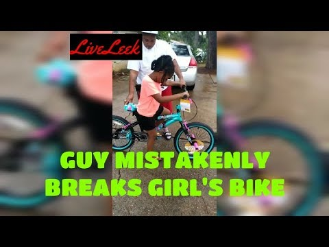 自転車が乗れない女の子にお手本を見せるポッチャリ先輩