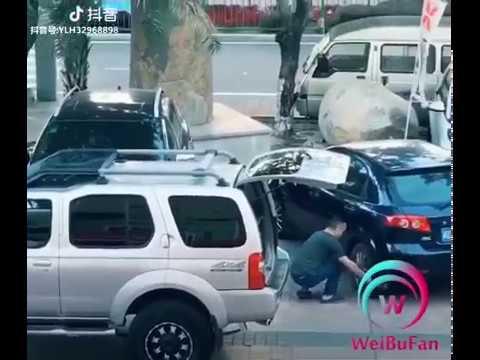迷惑駐車の車を強制矯正