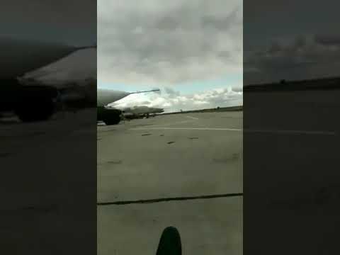 ウクライナ空軍によるクレイジーな低空飛行