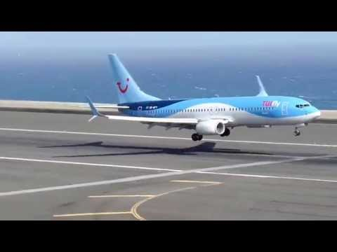 強風を受けながらの着陸、凄いテクニックだな