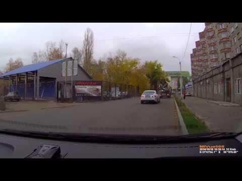 おそロシア、停車していたミキサー車が突然・・・