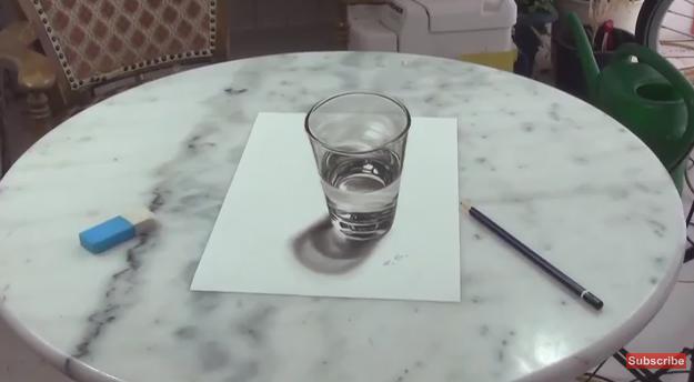 水が入っているコップにしか思えない3Dアート