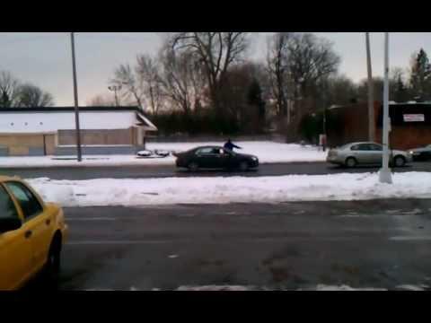 クズ過ぎるパトカーを目撃!DQN警官がとったまさかの行動・・・