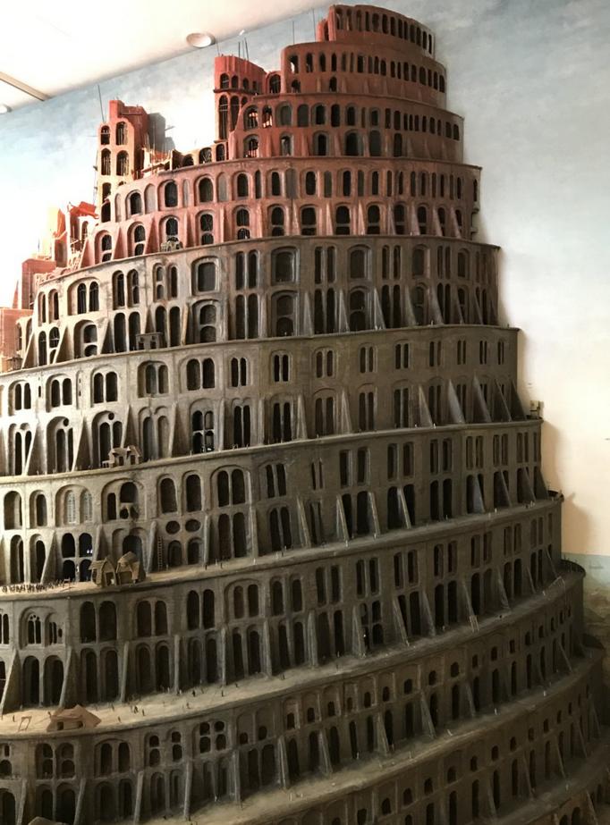 バベルの塔の模型を見に行き、強制労働させられた・・・
