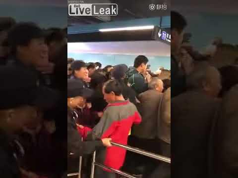 地下鉄が今日だけ無料だってよ!in 中国