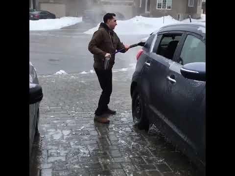 アイスバーン地獄!車が滑る、自分も滑る