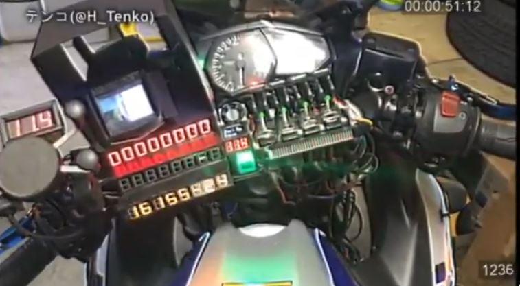 凄い!自動でエンジン起動までしちゃうAIバイク